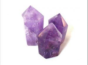 piedra turmalina morada