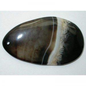piedra de agata de color negro