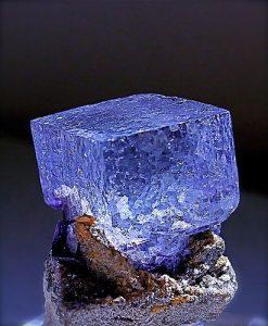 piedra de fluorita de color azul