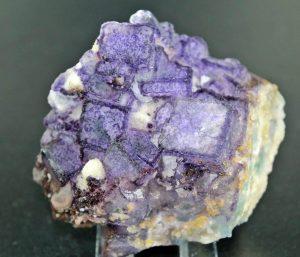 propiedades de la fluorita en bruto