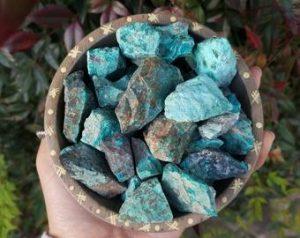 piedra de crisocola en bruto