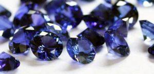 propiedades del zafiro azul en bruto