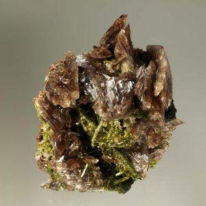 propiedades de la piedra andradita