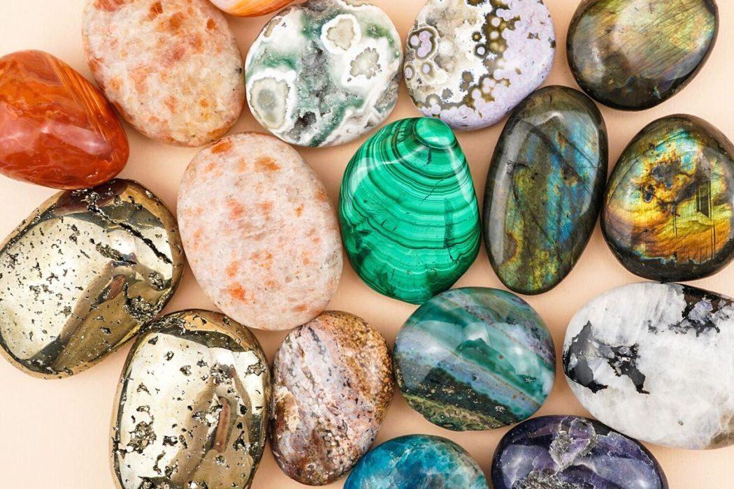 8 formas de usar piedras de palma de cristal